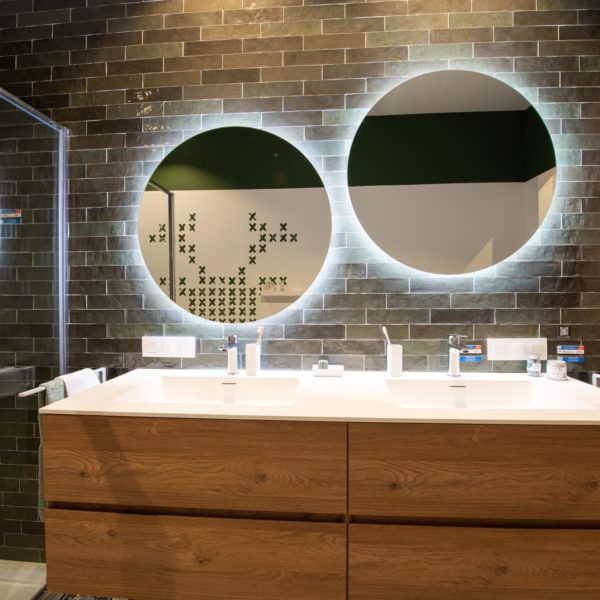 Kolekce Atelier Retro 6,2×25 vert emeraude koupelna3
