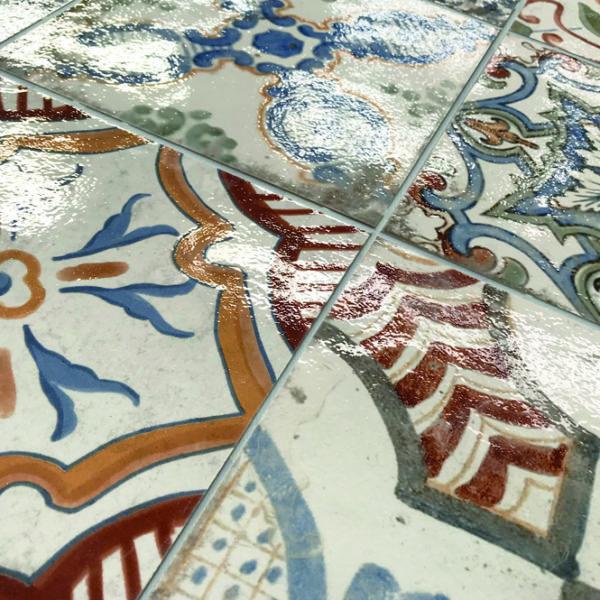 Obklad Maioliche dekor detail